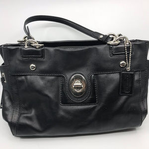 COACH L Black Leather Shoulder Bag
